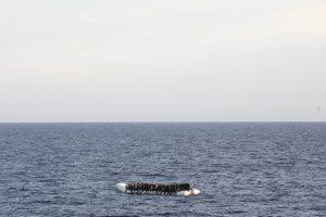 «Home», un poème sur l'immigration écrit par une immigrante