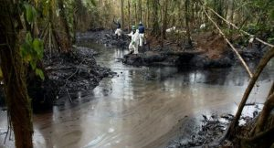 Ecuador, la vittoria di 30.000 contadini contro un colosso petrolifero