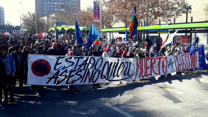 Chile, marcha por Machi Mapuche Celestino por 48 horas a su Rewe