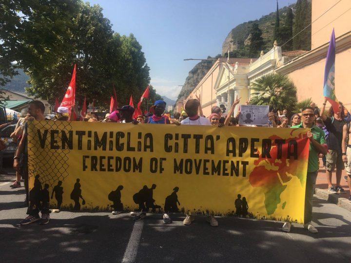 """Migliaia di persone alla manifestazione internazionale """"Ventimiglia città aperta"""""""