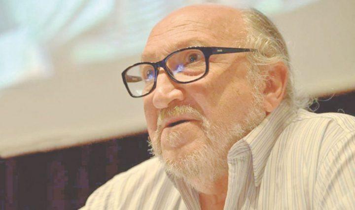 """Entrevista a Aram Aharonian: """"Una revolución es tiempo de debate de ideas"""""""