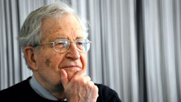 Noam Chomsky über Putin und die angebliche Einmischung Russlands in die US-Wahlen