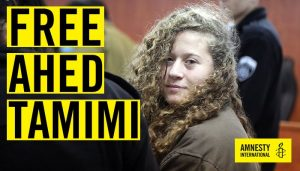 Israele scarcera Ahed Tamimi tre settimane prima della fine della pena