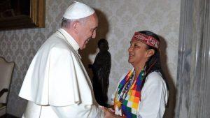 ¿Es Francisco rehén del establishment vaticano?