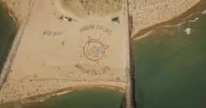 Luft-Kunst-Aktion – Stoppt die Ölbohrung