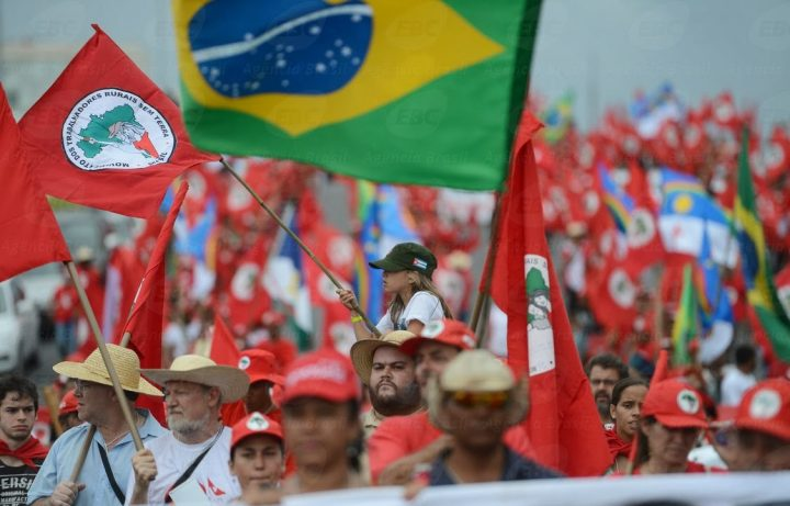 Movimiento Sin Tierra encabeza Marcha Nacional Lula Libre por Brasil