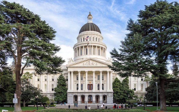 California envía una importante resolución contra las armas nucleares al Presidente de Estados Unidos