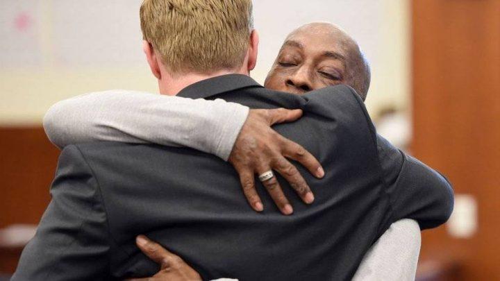Ιστορική απόφαση: η Monsanto καταδικάστηκε για πρόκληση καρκίνου, μετά από δίκη που διεξήχθη στις ΗΠΑ