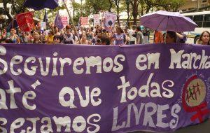 """Aborto legal, seguro y gratuito: Maria Júlia Montero, Marcha Mundial de Mujeres (SP), en """"Regional y Popular"""": """"Las argentinas nos inspiran para masificar la lucha en Brasil"""""""