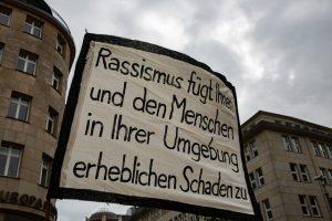 Αμβούργο: 30.000 άνθρωποι ενωμένοι ενάντια στον φασισμό