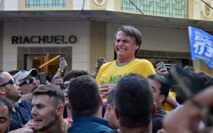 Brasile, un milione di donne contro Bolsonaro: 'Stop al fascismo'