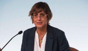 La ministra Bongiorno invita a sparare alla cieca: inquietante