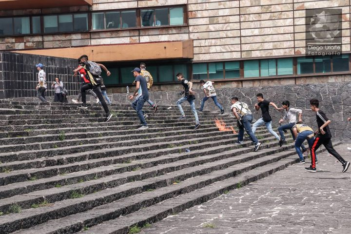 Violencia gangsteril contra universitarios en México