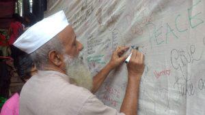 Prasanna: accettare il modello gandhiano di sviluppo economico