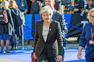 Líderes adiam cúpula extraordinária para discutir Brexit