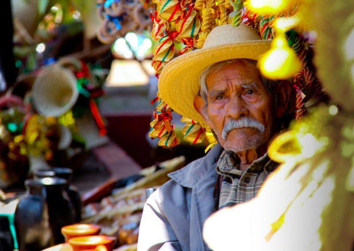 Excluyentes y desiguales, sistemas de pensiones en México: UNAM