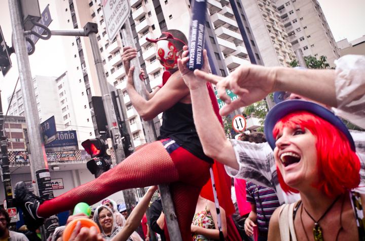 [Elections présidentielles] Contra Bolsonaro : 325 Groupes de Carnaval de tout le Brésil lancent leur manifeste