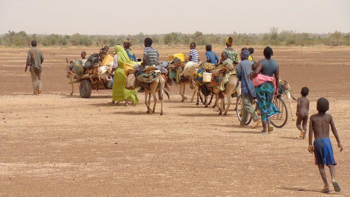 """Decrescita e migrazione: """"Non sfruttiamoli a casa loro"""""""