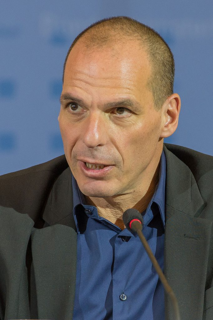 Ο Γιάνης Βαρουφάκης κατεβαίνει στις ευρωεκλογές ως υποψήφιος στη Γερμανία