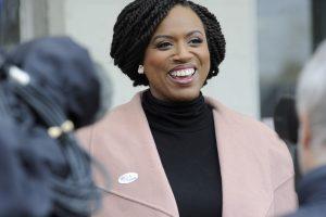 Triunfos históricos para las minorías en las elecciones en Estados Unidos