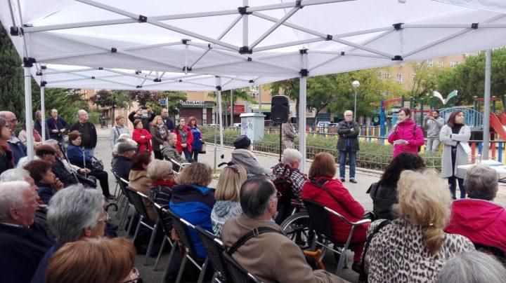 Los familiares de mayores en residencias se organizan para denunciar la situación que viven