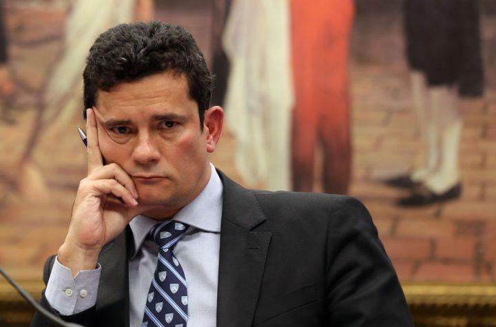 Depois de tirar Lula da eleição, Moro se beneficia e ganha ministério