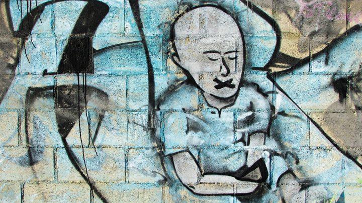 """""""Escola Neutra"""" é tema de debate na Alemanha"""