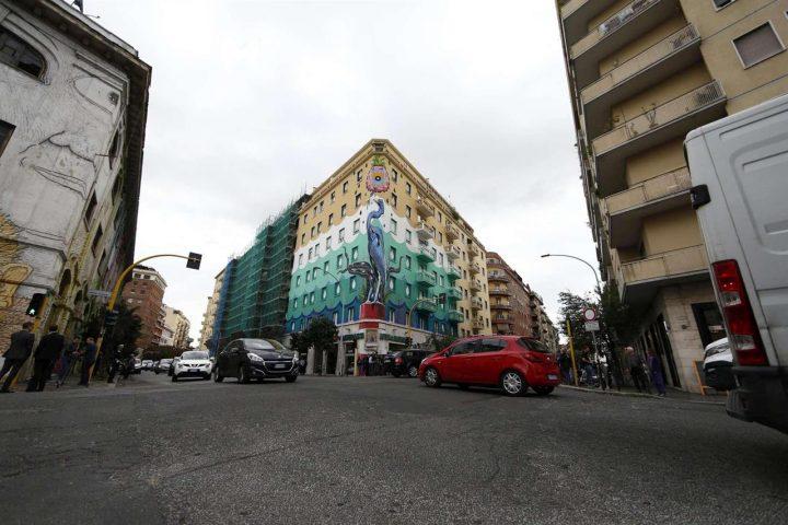 A Roma si pulisce l'aria con i murales