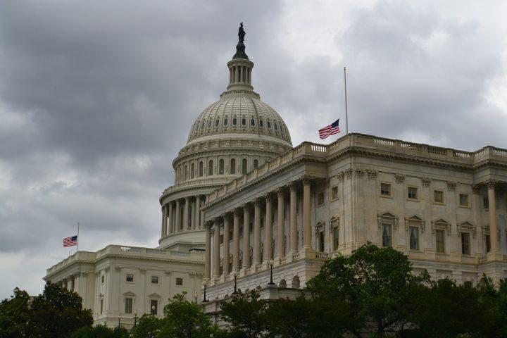 Récord: Más de 100 mujeres sacan la voz en el Congreso de Estados Unidos
