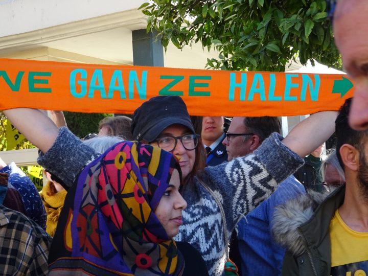 Χριστουγεννιάτικη Ολλανδική κινητοποίηση: «εμείς τους θέλουμε στην πατρίδα μας»