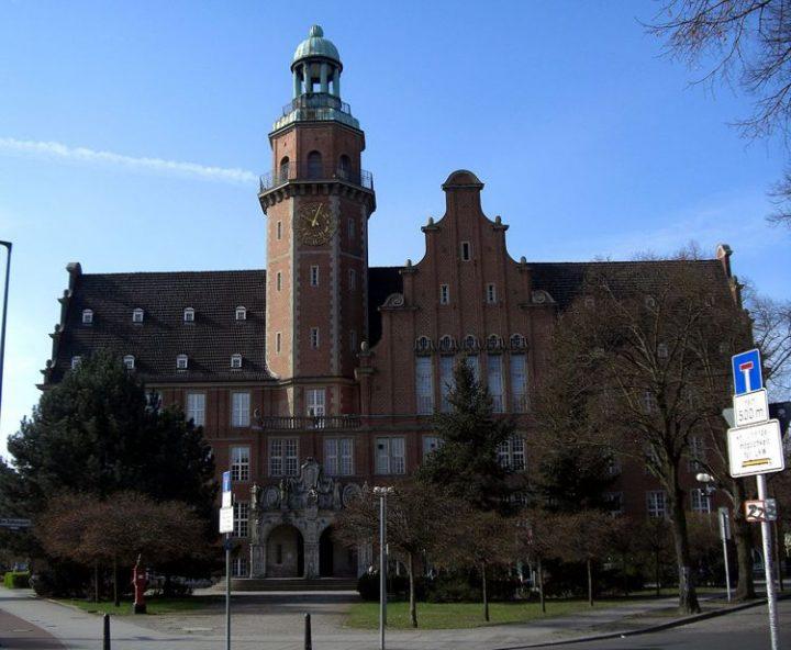 Privatisierungsvertrag: Reinickendorf verweigert die Unterschrift