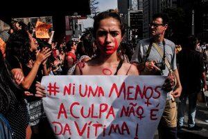 Câmara aprova que agressor pague SUS por vítima de violência doméstica