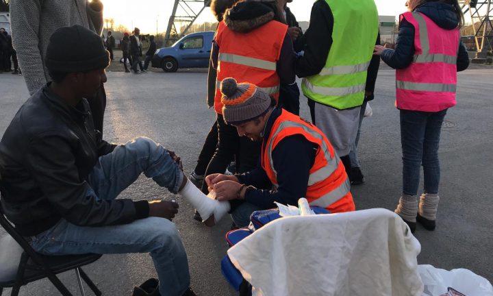 L'enfer de Calais : 2000 réfugiés font face à l'hiver en plein air