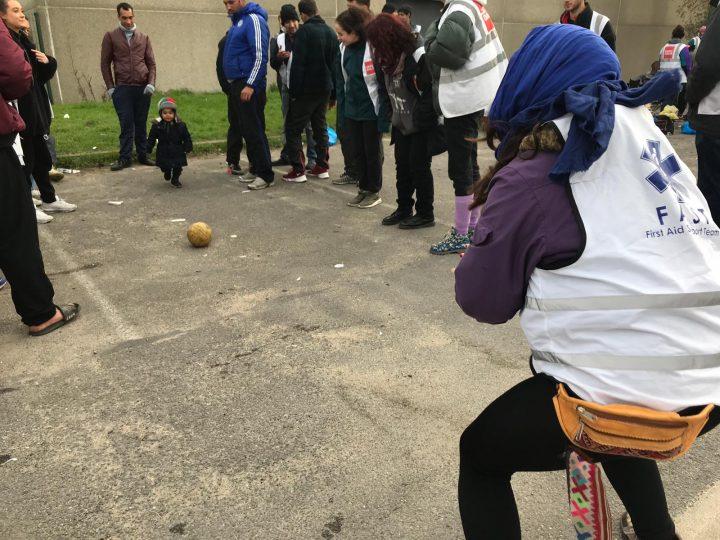 Calais_refugiados_ayuda_Care for Calais (4)