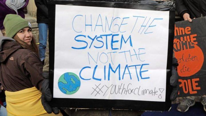 Alumnos en huelga por la protección del clima: Nuestro futuro está en juego