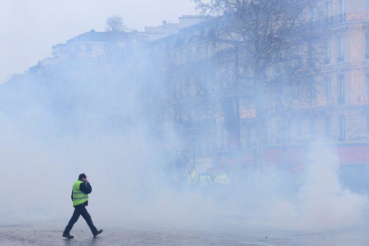 Retenciones, represión y violencia: los métodos del gobierno para acabar con los chalecos amarillos