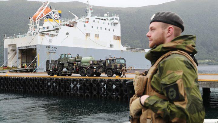 Il nuovo paradigma di sicurezza: armi e sovranismo