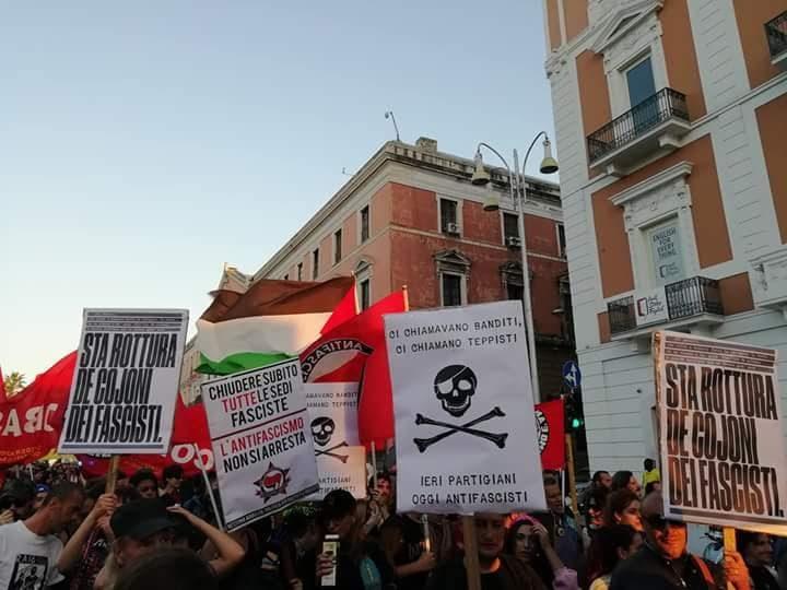 35 neofascisti indagati per aggressione premeditata e ricostituzione del partito fascista. Sequestrata la sede di Casa Pound a Bari