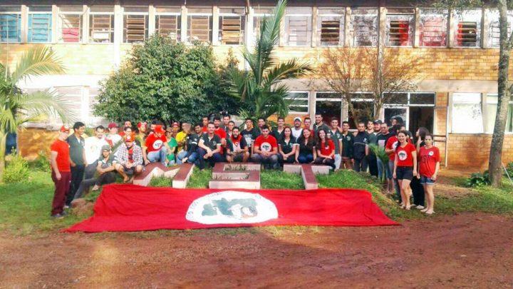 MST/RS forma sua primeira turma de engenheiros agrônomos
