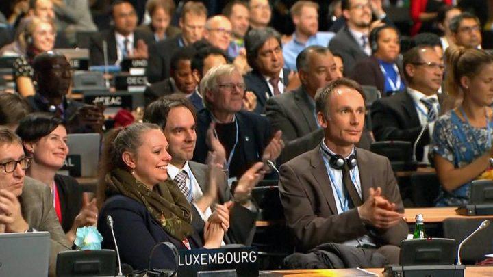 """Doscientos países adoptan """"libro de reglas"""" para implementar el acuerdo climático de París"""
