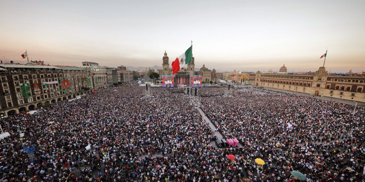 mexico  l u00f3pez obrador and a memorable speech in the z u00f3calo