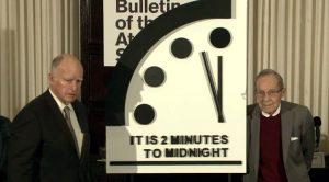 Keine Entwarnung: Es bleibt 2 Minuten vor 12