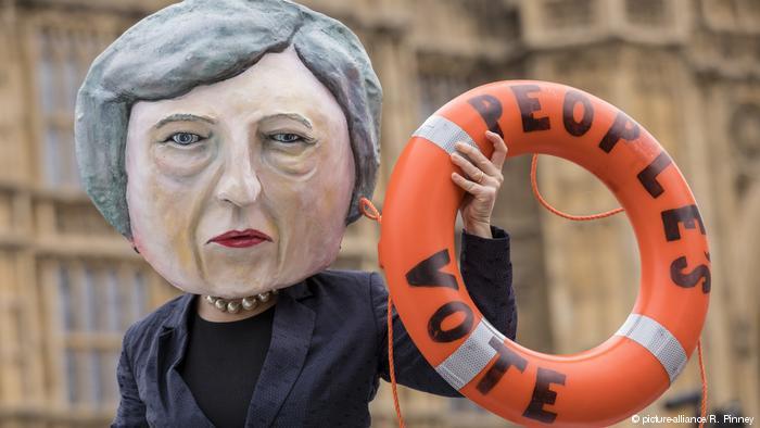 May presenta «plan B» del «brexit» ante el Parlamento