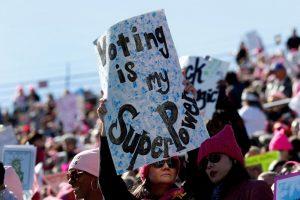 La marcia delle donne mostra il nuovo potere politico negli Stati Uniti