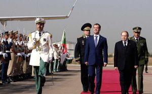 Algeria, il 18 aprile le presidenziali: maggioranza insiste su Bouteflika