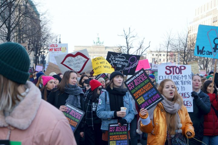 "Women's March in Berlin: ""Women are the Wall and Trump will pay"""