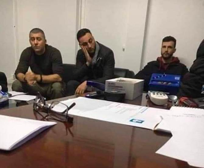 Mass media in uniforme, carabinieri in borghese e il perfido Hamas