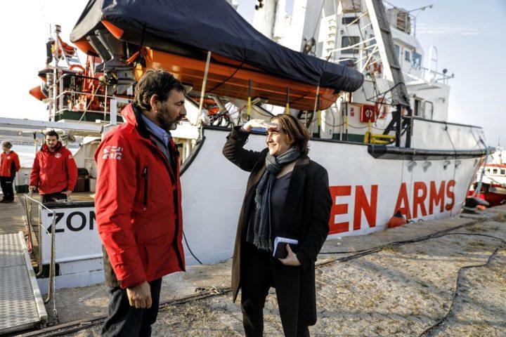 Aliança entre Barcelona i Open Arms per salvar vides a la Mediterrània