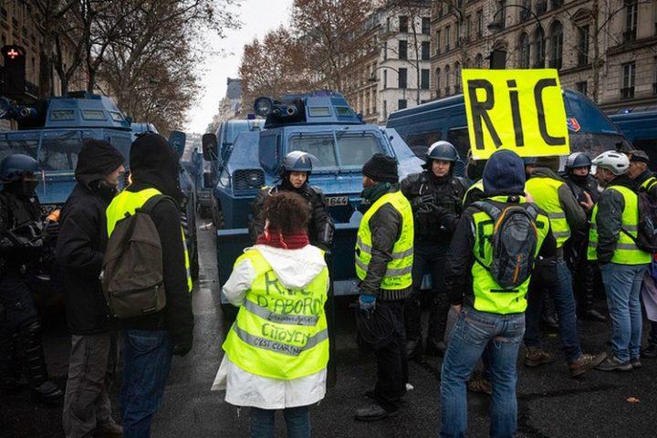 Les gilets jaunes ont raison : pour vivre en démocratie, il est nécessaire de développer intelligemment les référendums