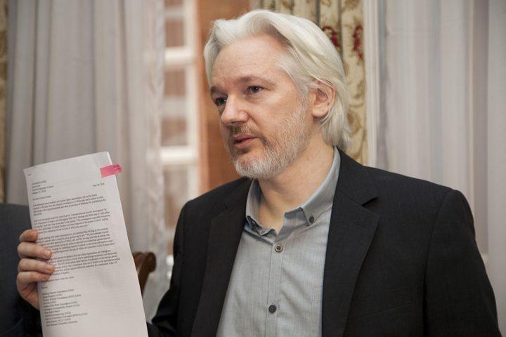 Assange pide a Comisión Interamericana de DD.HH. exigir a Administración Trump que revele los cargos de EE.UU. contra él y obligue a Ecuador a protegerle en la extradicción a EE.UU.